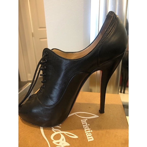 694db9c915c Authentic Christian Louboutin Black Lady Derby 120